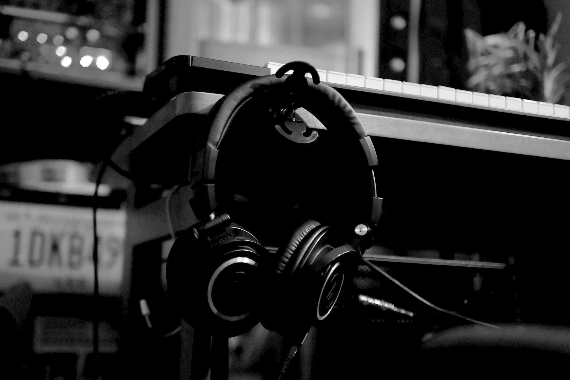 音楽や映像制作でお困りの方へ